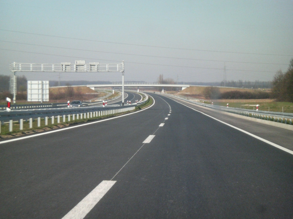 Image Onnens Motorway A5